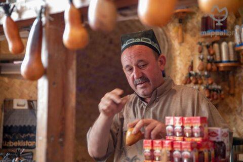 Un mercante uzbeko