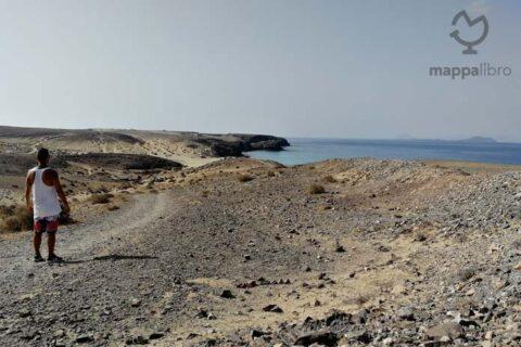 Camminando verso Playa Papagayos