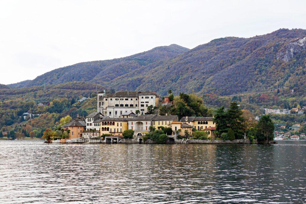 Isola di San Giulio, foto di viaggichemangi.com